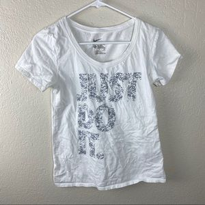 "Nike White ""Just Do It"" graphic tee size small"